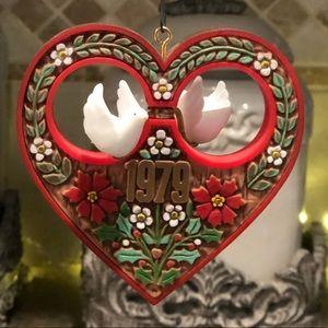 "1979 Hallmark Twirl About  ""CHRISTMAS HEART"""
